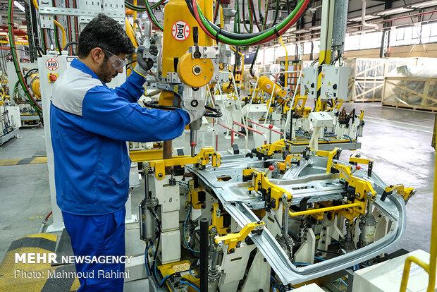 انعقاد قرارداد برای داخلیسازی ۷۷ قطعه خودرو